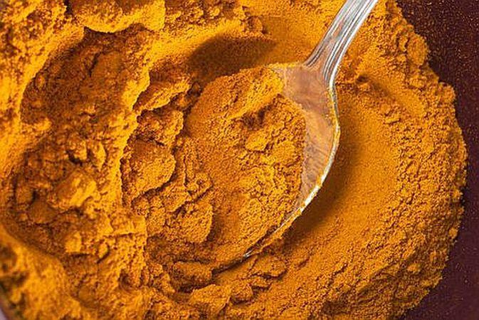 Turmericul (curcuma), un super-condiment
